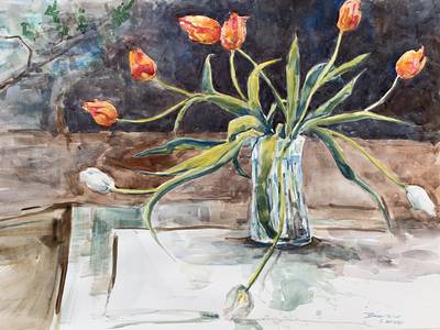 Sinuous tulips